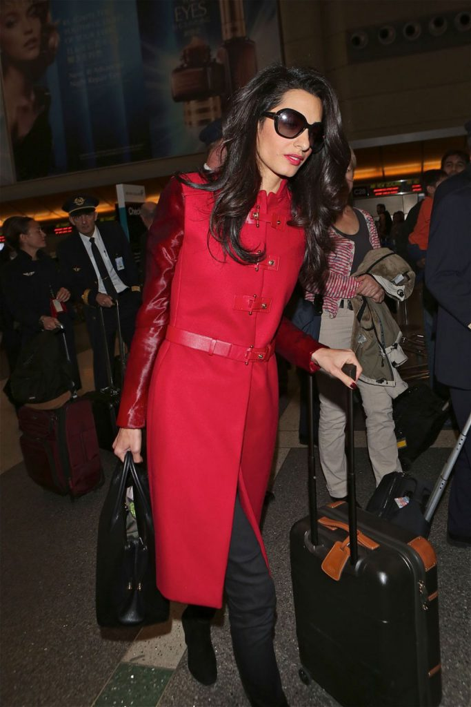 amal-alamuddin-clooney-style-at-los-angeles-international-airport-january-2015_6