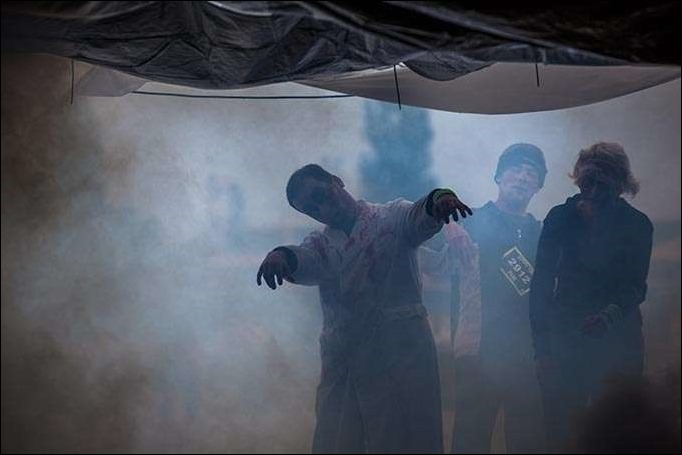 berlin-germany-participants-of-the-zombie-run-in-karlshorst-editorial-use-axel-lauer